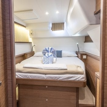 Lagoon 450 Flybridge Interior